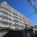 【リノベ向き物件】青空に映える白いマンション@品川