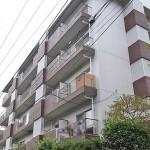 【リノベ向き物件】桜が待ち遠しい☆小川沿いのほっこりマンション