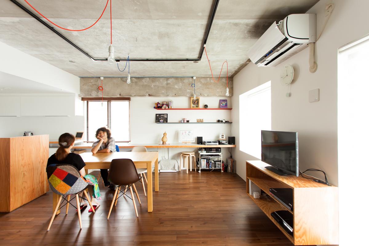 リノベーション事例公開|青と赤がテーマカラー ビコロールの家